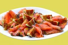 抽烟的美食的三文鱼 免版税库存照片