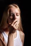 抽烟的联接 免版税图库摄影
