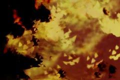 抽象万圣夜背景、巫婆和可怕面孔在黑暗的n 免版税库存图片