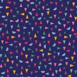 抽象三角和圈子无缝的样式在深蓝背景 免版税库存图片