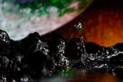 抽象下落横向岩石视图水 免版税库存图片