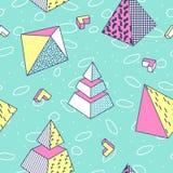 抽象与几何形状和金字塔的孟菲斯样式无缝的样式 库存照片