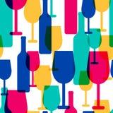 抽象五颜六色的鸡尾酒杯和酒瓶无缝的啪答声 免版税库存照片