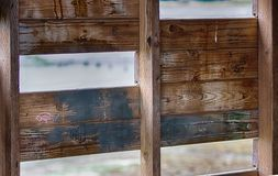 抽象修造的墙壁内部与螺柱 库存图片