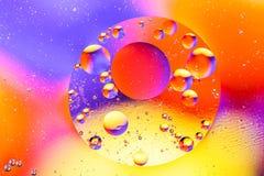抽象分子sctructure 背景浴蓝色泡影水 空气或分子宏观射击  抽象背景 空间或行星抽象backgro 免版税库存照片