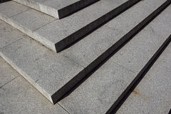 抽象台阶,抽象步,台阶在城市,花岗岩台阶,在纪念碑经常看见的宽石楼梯和 免版税库存图片