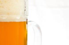 抽象啤酒杯 免版税库存照片