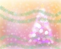 抽象圣诞树光bokeh和雪背景 免版税图库摄影