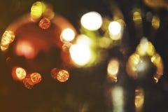 抽象圣诞节背景,创造好的bokeh的轻的迷离 免版税库存照片