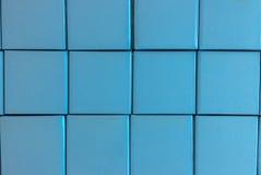 抽象堆蓝色口气回收当背景纹理使用的纸箱 免版税库存照片