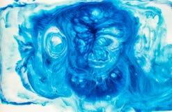 抽象墨水在液体混乱背景中 免版税库存图片