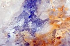 抽象意想不到的背景,石头的魔术,水晶 免版税库存照片