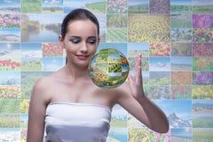 抽象概念的少妇与自然照片 库存例证