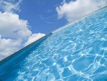 抽象池游泳 免版税库存图片