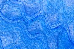 抽象波浪蓝色手拉的丙烯酸酯的绘画创造性的艺术后面 图库摄影