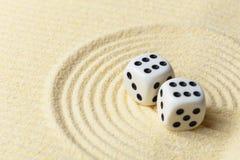 抽象派构成把沙子表面切成小方块 免版税库存照片
