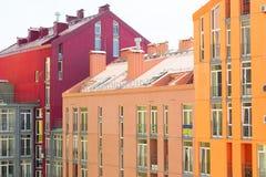 抽象空中背景大厦五颜六色的庄园安置的实际住宅视图 房地产和住房 免版税库存照片