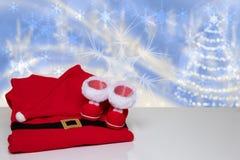 抽象空白背景圣诞节黑暗的装饰设计模式红色的星形 台式圣诞节冬天装饰 库存图片