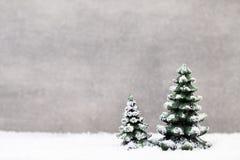 抽象空白背景圣诞节黑暗的装饰设计模式红色的星形 圣诞节星树 免版税库存照片