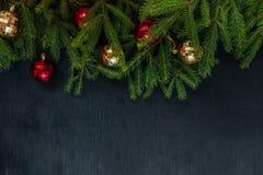 抽象空白背景圣诞节黑暗的装饰设计模式红色的星形 插入文本的背景 新年2018年 免版税库存照片