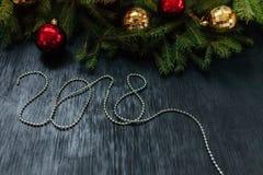 抽象空白背景圣诞节黑暗的装饰设计模式红色的星形 插入文本的背景 新年2018年 免版税图库摄影