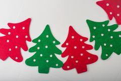 抽象红色和绿色圣诞树 免版税库存照片