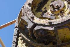 抽象纹理和形状:老化金属机械 库存照片