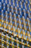 抽象结构上背景大厦详细资料天空 免版税库存图片