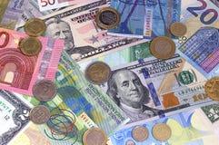 抽象美元欧洲瑞士法郎和硬币背景 免版税库存图片