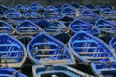 抽象背景收藏:明亮的蓝色小船 免版税库存照片