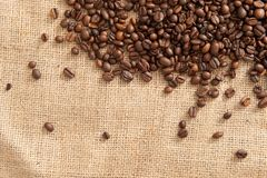 抽象背景用在背景的咖啡豆袋装 免版税库存图片