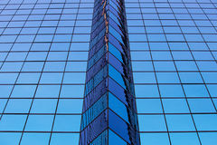 抽象蓝色办公室玻璃窗 库存照片