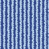 抽象蓝色条纹无缝的样式 免版税库存照片