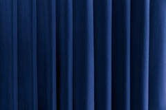 抽象蓝色背景 垂直线和小条 免版税库存图片