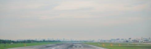 抽象迷离飞机终端在机场 库存照片