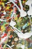 抽象闪耀的桃红色白色流体弄脏了刷子冲程油漆 水彩油漆摘要背景 免版税库存照片