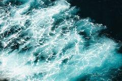 抽象飞溅绿松石海水 库存图片