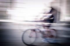 抽象骑自行车的人 免版税库存照片