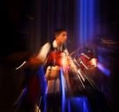 抽象鼓手音乐会。 库存图片