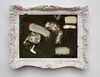 抽象派在葡萄酒古董白色框架的表现主义帆布 免版税库存照片