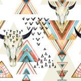 抽象水彩动物头骨和几何装饰品无缝的样式 免版税库存图片