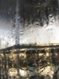 抽象玻璃背景-浇灌在冷的glas的结露 库存照片