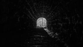 抽象黑白隧道 免版税库存照片