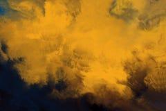 抽象黄色上色背景 免版税库存图片