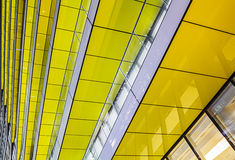 抽象黄色建筑学 免版税库存图片