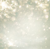 抽象Defocused圣诞节金黄假日背景的闪烁 免版税图库摄影