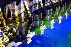 抽象edmonds码头reflctions华盛顿 库存照片