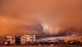 拂去在菲尼斯,斯科茨代尔, Az的stust风暴的灰尘,在12/29/2012 免版税库存图片
