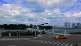 担任主角海岛迈阿密美国都市风景的桥梁 股票视频