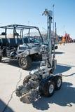 拆弹小组遥控机器人 图库摄影